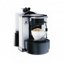 Vybavení kavárny pro mnoho hostů